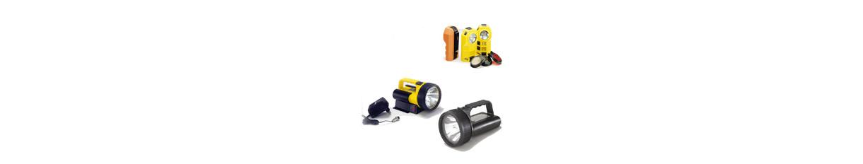 Lampada di emergenza e torcia elettrica a batteria